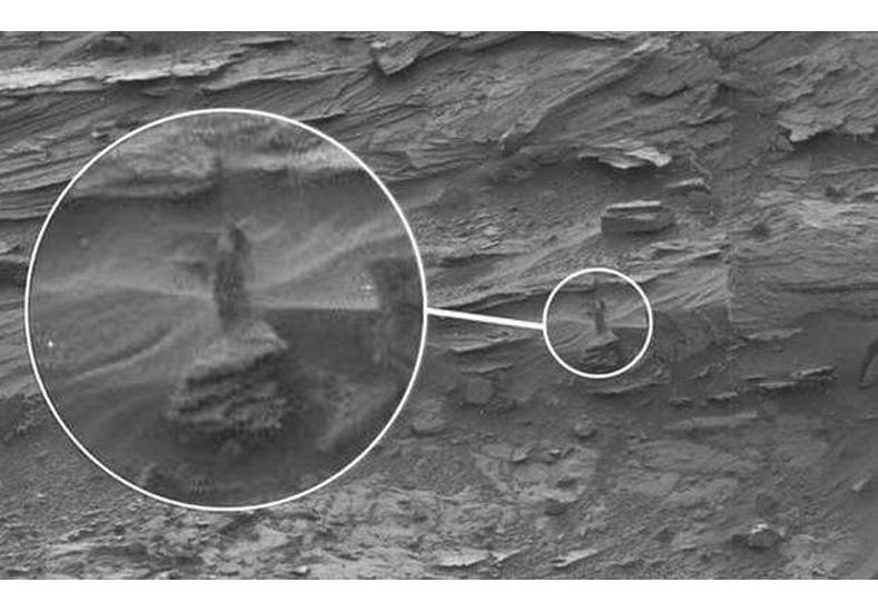 ¿Una mujer en Marte? Singular foto genera todo tipo de especulaciones