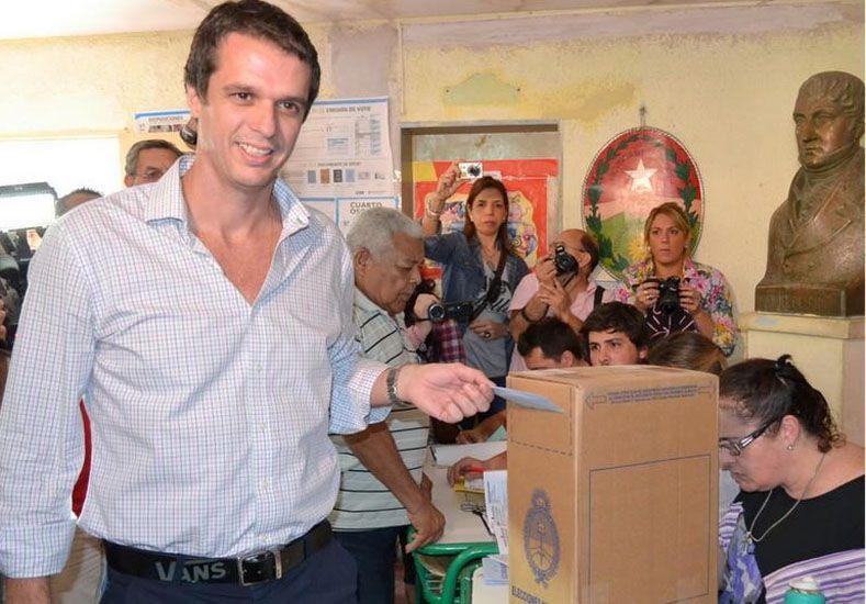El voto de Enique Cresto (foto: Facebook)