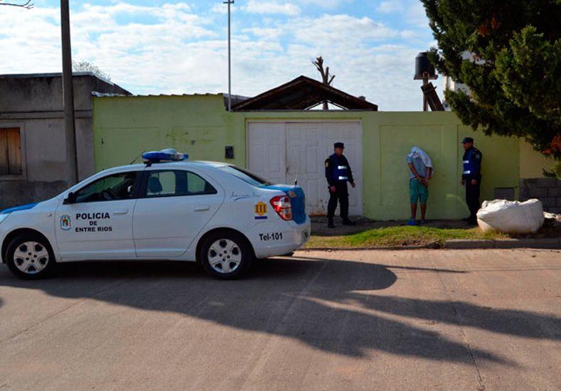 Violentos. El dueño de la agencia dijo que lo quisieron apuñalar.  Foto Gentileza/Radio Máxima