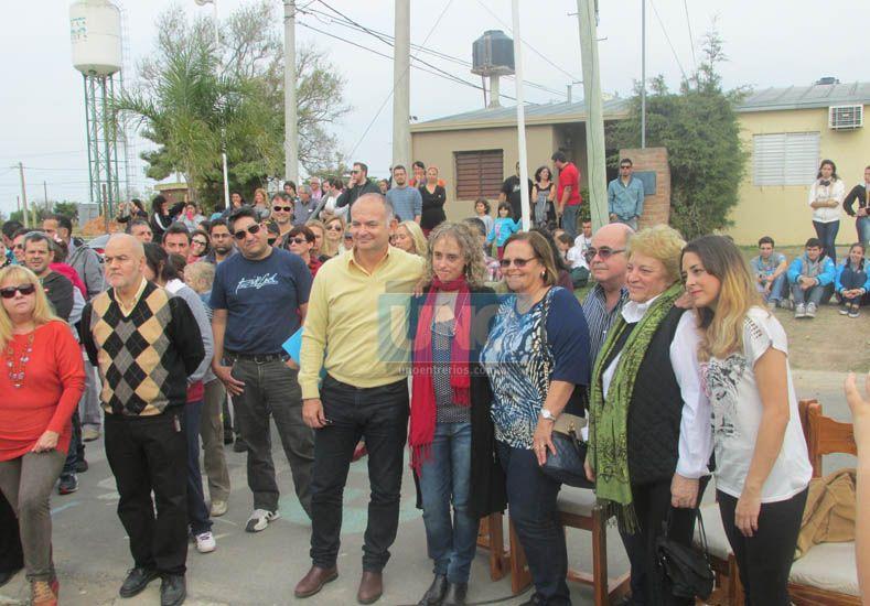 En un emotivo acto, quedó inaugurada la calle Gustavo Cerati