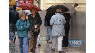 Rige una alerta por tormentas fuertes en la región