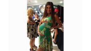 Foto Archivo: Loly embarazada para un desfile de ropa.