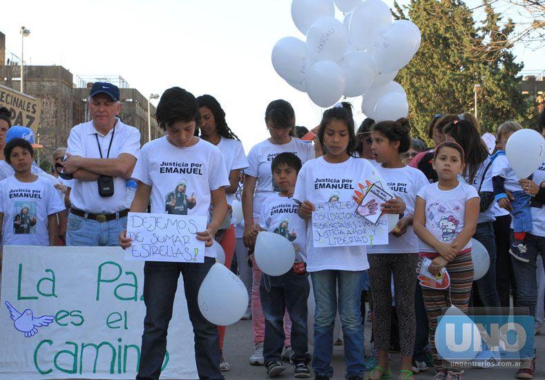 Por la paz. Luego del homicidio hubo varias movidas en el Lomas. Foto UNO/Diego Arias