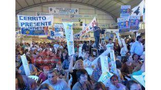 Importante movilización del oficialismo en Paraná Campaña