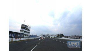 La recta principal espera por el inicio de la actividad.   Foto UNO/Diego Arias