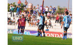 Belgrano se coronó campeón tras derrotar por 3 a 1 a Ciclón del Sur en la final del Torneo Apertura.  Foto UNO/Juan Manuel Hernández