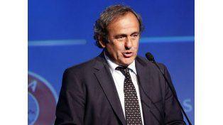 Platini anunciará su candidatura para presidente de la FIFA