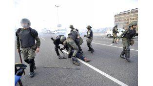 Gendarmería reprimió una protesta en la ruta Panamericana