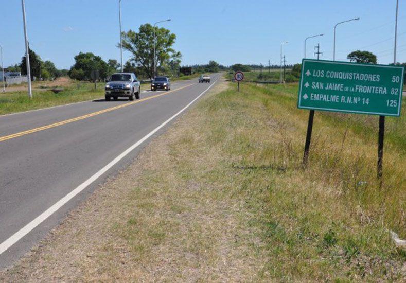 Adjudicatarios de viviendas de IAPV de Federal levantaron el corte de la ruta nacional 127