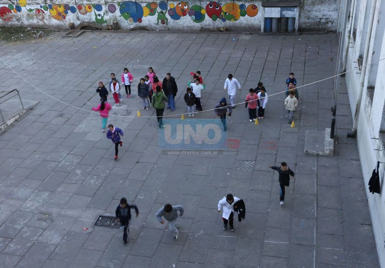 La Justicia dictó una cautelar para que las clases se reanuden el lunes en Entre Ríos
