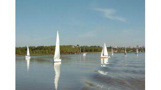 Realizarán un torneo de regatas en la Laguna Escondida de Bajada Grande