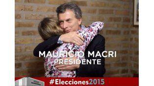 Spot de Macri genera polémica: Tengo dos manos para abrazarte