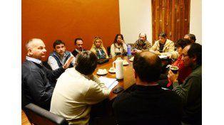 Analizan dos proyectos para reconocer la tarea de los empleados municipales
