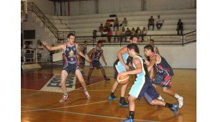 Nueve equipos integran las máxima categoría del básquet de Paraná.