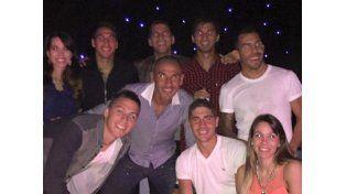 Las fotos de la exclusiva fiesta de Tevez