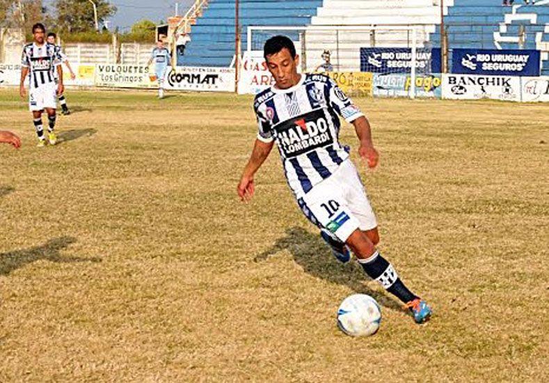 Sigue sumando.Atlético Uruguay logró un buen empate en su visita a San Justino de Santa Fe. Fue 0 a 0 fuera de casa.
