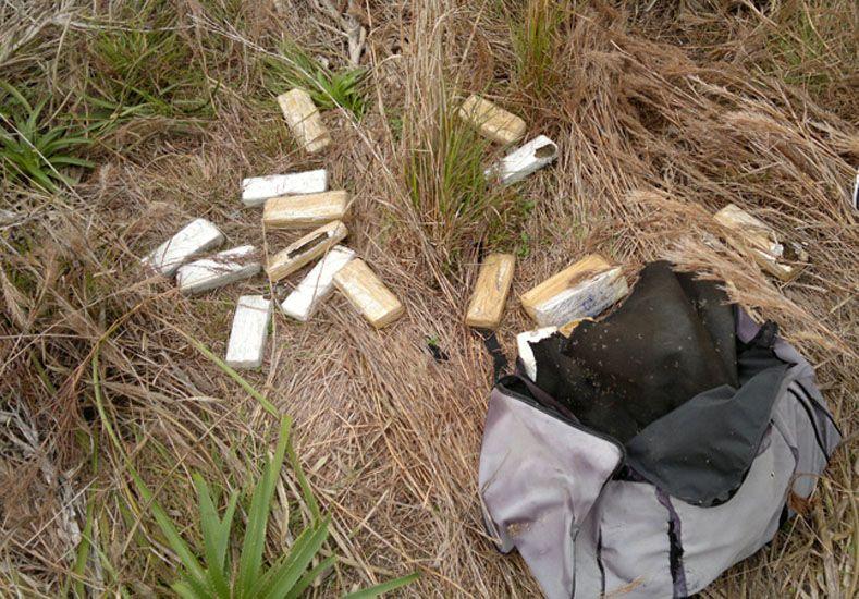 Secuestraron 25 kilos de marihuana en un campo del norte entrerriano