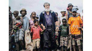 Un argentino rescató a 500.000 personas de la pobreza extrema en Africa y es candidato al Nobel de la Paz