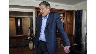 Allanaron la casa de Víctor Hugo Morales por juicio iniciado por empresa de cable