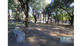 Como un paseo. Frente a la Parroquia Nuestra Señora del Carmen instalarán la primera feria.  Foto UNO/Juan Ignacio Pereira