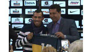 Así firmaba Tevez su contrato con Boca
