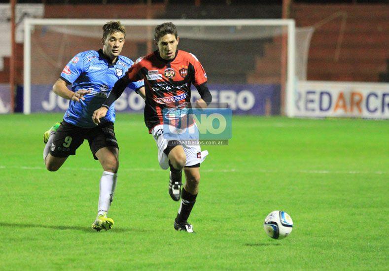 Lucas Márquez estará nuevamente por el lateral izquierdo de Patronato. (Foto UNO/Diego Arias)