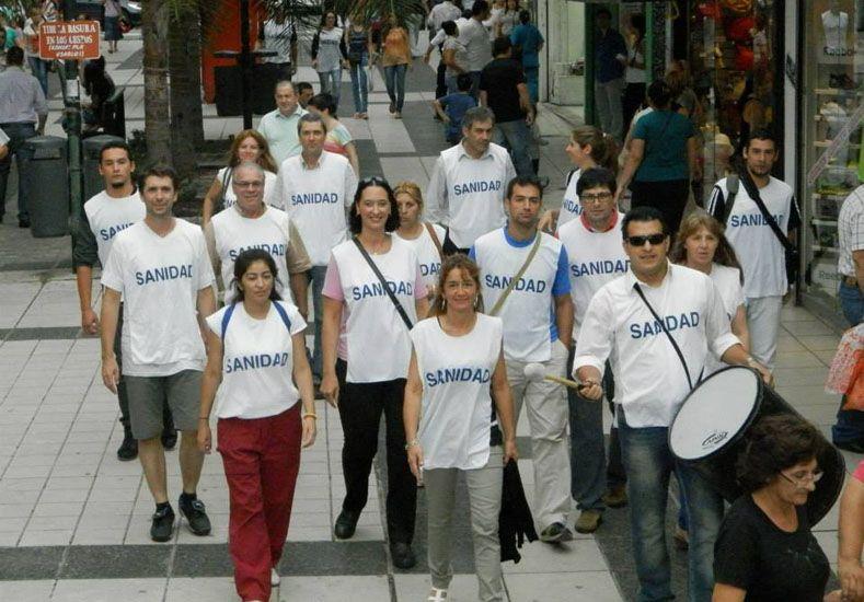 Empleados de las clínicas y sanatorios de Entre Ríos están en asamblea permanente