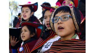 El papa Francisco llegó a Bolivia y fue recibido por Evo Morales