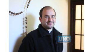 El padre Bonnín dialogó con UNO acerca de la iniciativa. (Fotos UNO/Juan Ignacio Pereira)