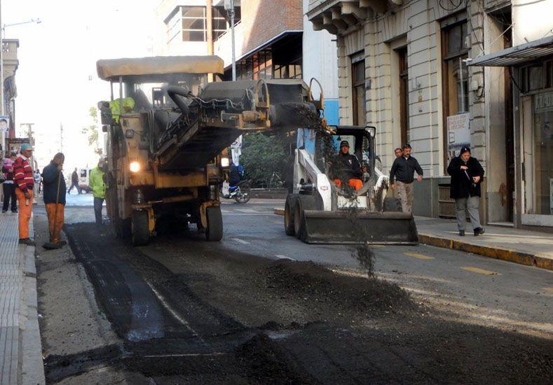 Permanecen cortadas varias calles del centro por trabajos en la trama vial