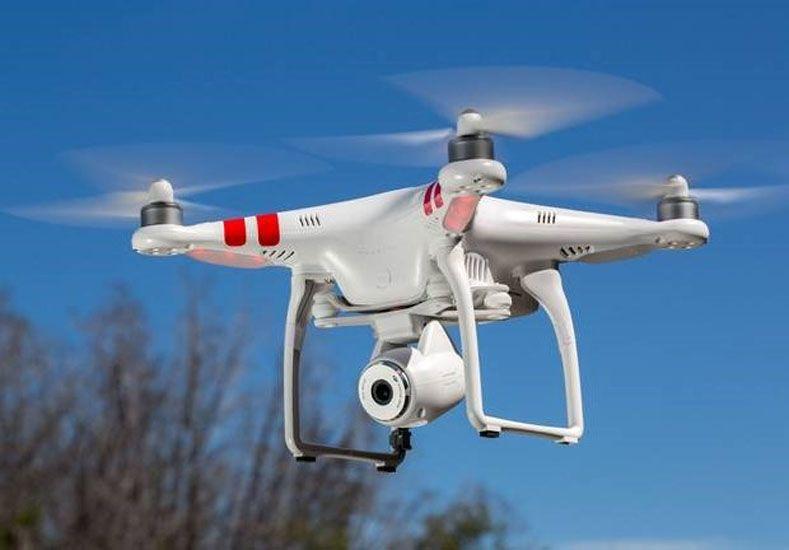 La Administración Nacional de Aviación Civil (ANAC) presentó un Reglamento Provisional de los Vehículos Aéreos No Tripulados que fue elaborado por  el Centro INTI-Aeronáutica y Espacial.