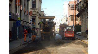 Destacan la ejecución de doce frentes de obras de reconstrucción de la trama vial paranaense