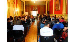 Imagen del último taller del ciclo Diálogos en la Comunidad. Recursos y habilidades sociales para la convivencia