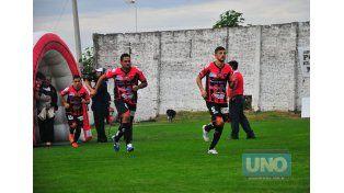 Minetti retrocederá al fondo para ocupar el lugar de Andrade.   Foto UNO/Juan Manuel Hernández