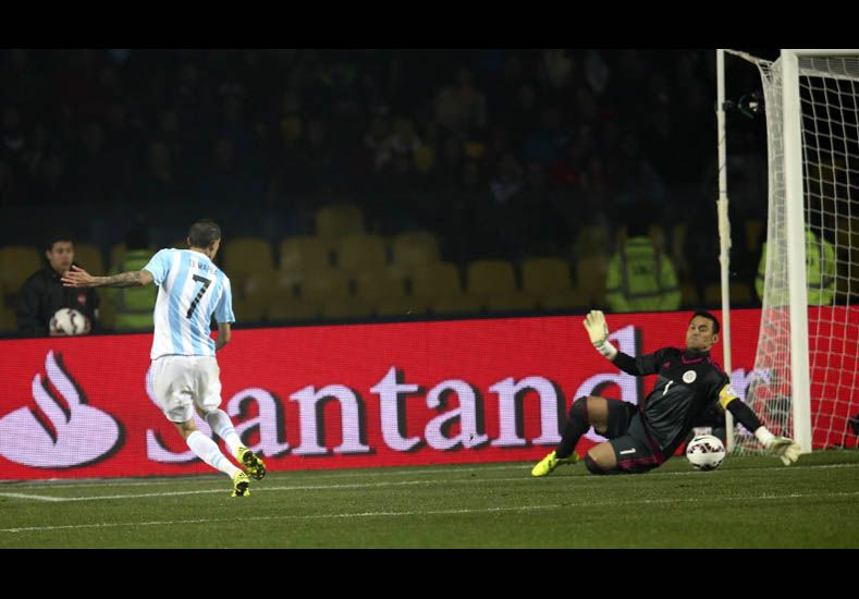 Argentina se metió en la final de la Copa con una victoria aplastante ante Paraguay