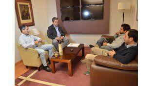 Foto: LBP junto al ministro Báez. (FOTO: DGIP)