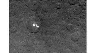 Ceres. La extraña luz en el cráter