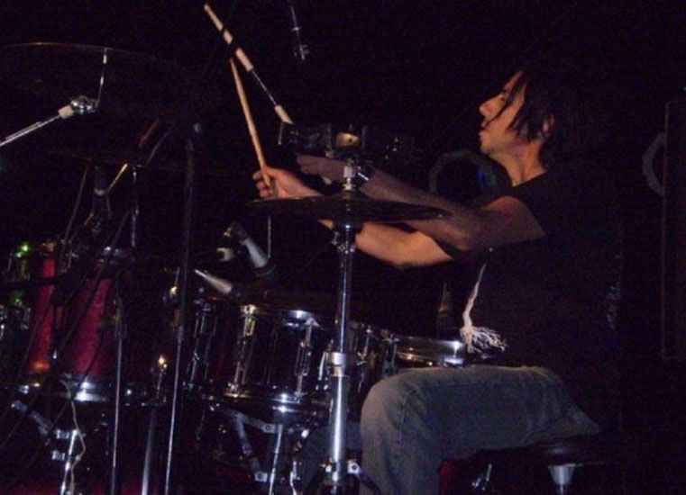 Un músico santafesino murió tras descompensarse en un recital