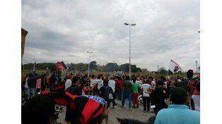 La gente Rojinegra en el exHipódromo