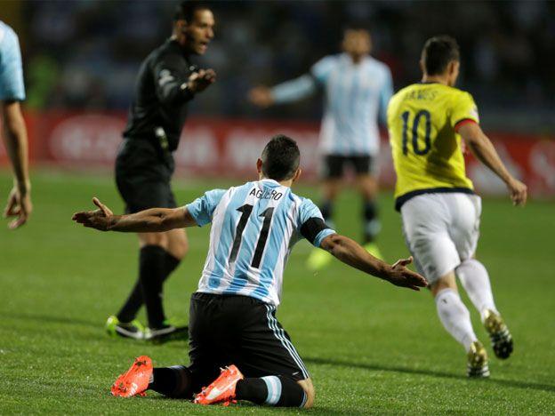 Esto es América, chicos, contó Agüero que le dijo el árbitro mexicano