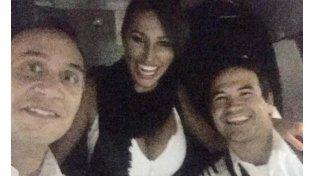 Se conocieron más fotos de Vicky Xipolitakis en el aeropuerto de Rosario tras el vuelo del escándalo