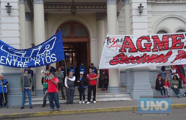 Agmer Paraná pide que se pague antes el aguinaldo