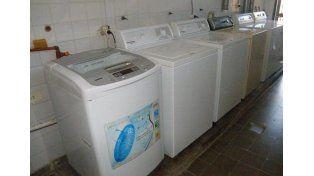 Aumentó la demanda de lavado de acolchados en el lavadero de la UP 6