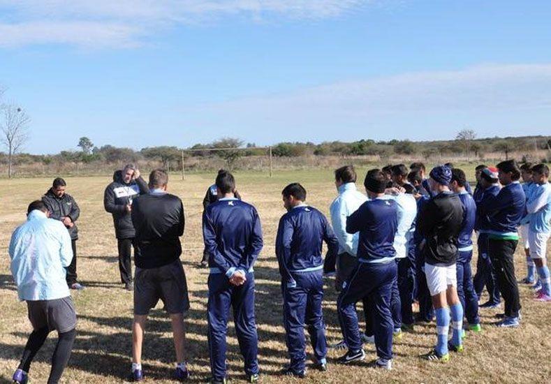 El plantel del Lobo entrenó ayer en las canchas de Río Uruguay.