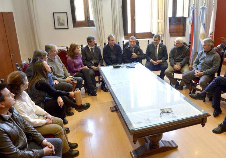 Radicales confluyen con el oficialismo en Paraná
