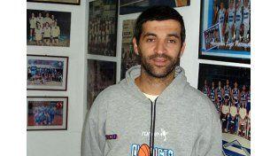 Maximiliano estará haciendo su debut como coach en la Liga A.