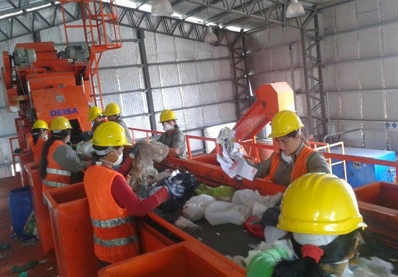 Labor. Alcanzar las toneladas recuperadas llevó 24 días.  Foto Gentileza/Ambiente de Gualeguaychú