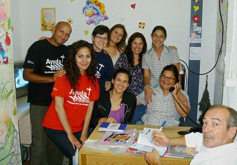 Ayuda Urbana LSM. El grupo realiza una valiosa labor social.  Foto Gentileza/Denise Maite