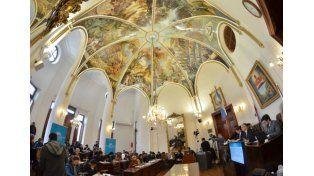 Puesta en valor. El recinto donde sesiona el Concejo fue restaurado por el artista Raúl González.