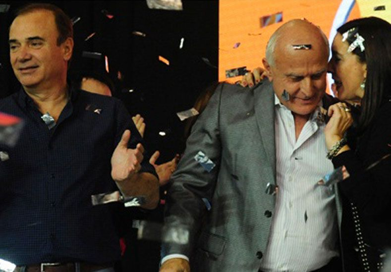 El diputado provincial Eduardo Di Pollina junto a Lifschitz